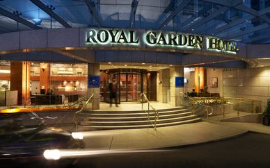 Royal Garden Hotel 5* with Afternoon Tea