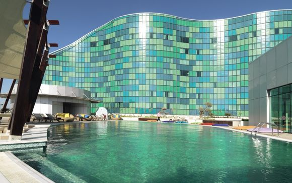 Hilton Capital Grand Abu Dhabi 5*