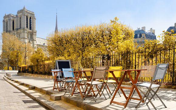 Französische Eleganz nahe Trocadero und Eiffelturm