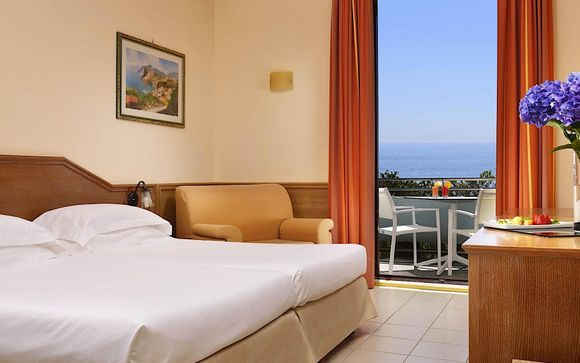 UNAHOTELS Naxos Beach 4*