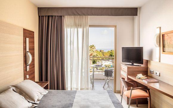 Aqua Hotel Aquamarina & Spa 4*