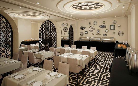 El Grand Hotel Slavia le abre sus puertas