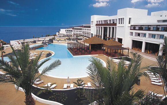 El Hotel Hotel Hesperia Lanzarote 5* le abre sus puertas