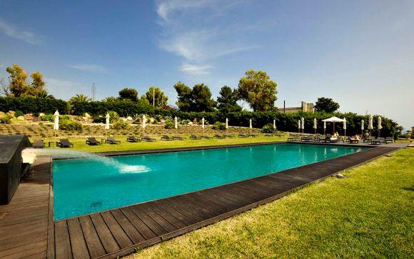 El Hotel Falconara Charming House Resort & SPA 4* le abre sus puertas