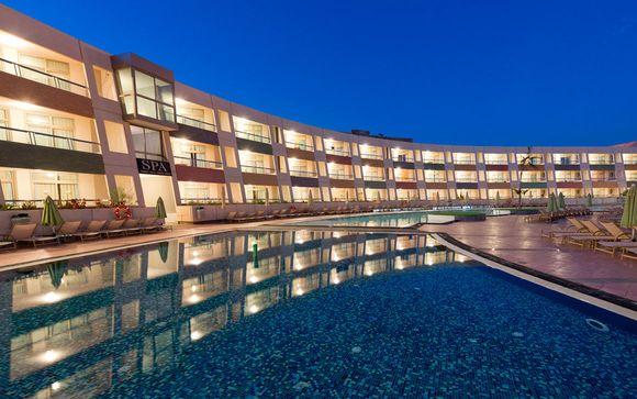 Hotel Geranios Suites & Spa 4*