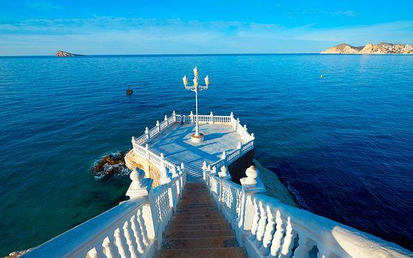 A un paso de la playa de Levante y escogiendo tu pensión
