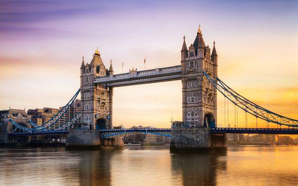 Estiloso hotel frente al emblemático Tower Bridge