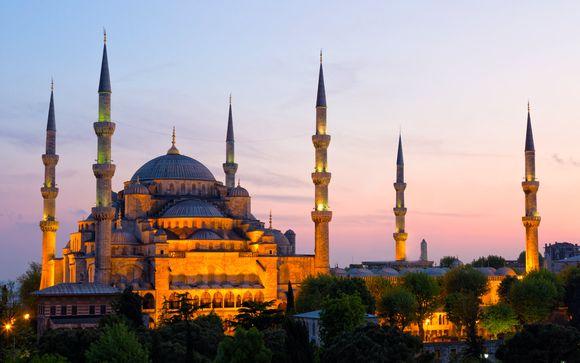 Cerca de la Mezquita Azul y del Palacio de Topkapi