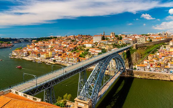 Holiday Inn Porto Gaia 4*