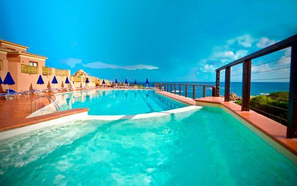 Hotel Costa Paradiso 4*