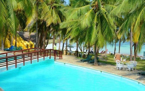 Flamingo Beach Resort & Spa 4*