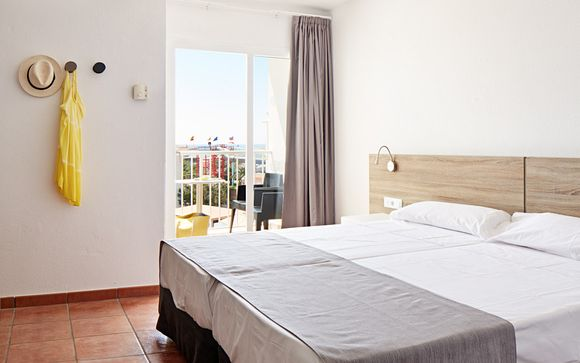 Hotel SunConnect Los Delfines 4*