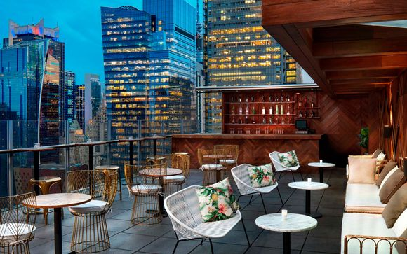 DoubleTree by Hilton Times Square West 4*