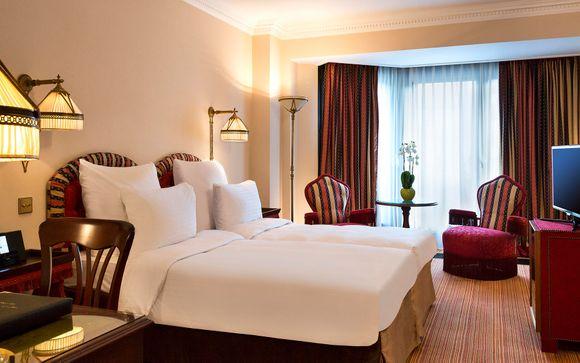Warwick Barsey Hotel 4*