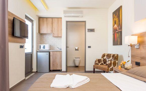 Dionysos Hotel 4*