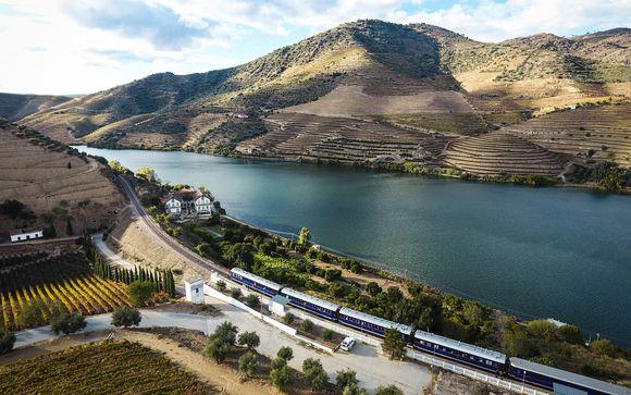 Oporto y tren Michelin en el Valle del Duero