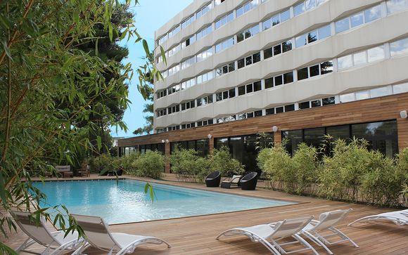 Hôtel C Suites 4*