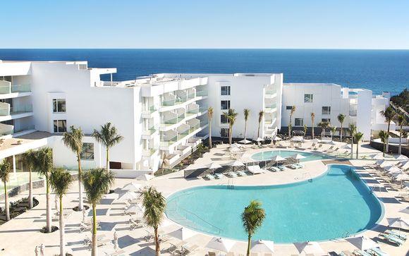 Hôtel Lava Beach 5*