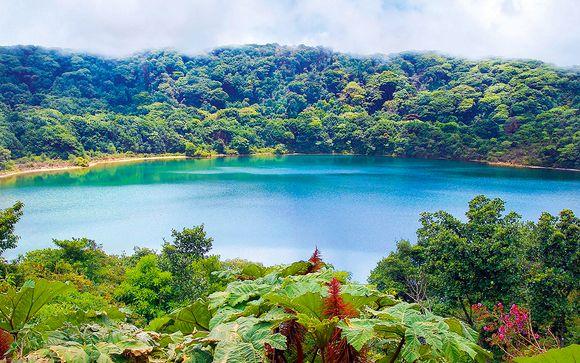 Suivez-nous... Au Costa Rica