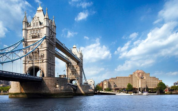 Escapade So British face au Tower Bridge