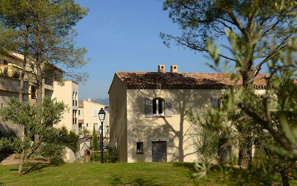 Poussez les portes du Résidence Pierre & Vacances Les Coteaux de Pont Royal