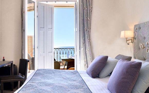 Poussez les portes de l'hôtel La Pérouse 4*