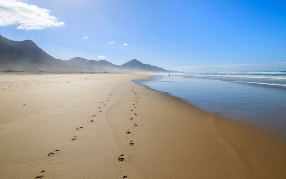 Échappée romantique, les pieds dans l'eau