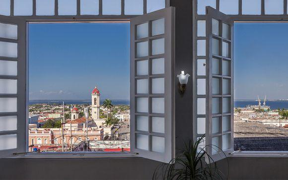 Poussez les portes de l'hôtel Melia San Carlos 4* à Cienfuegos