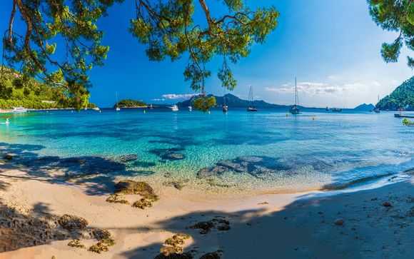 Evasion avec vue sur la Méditerranée
