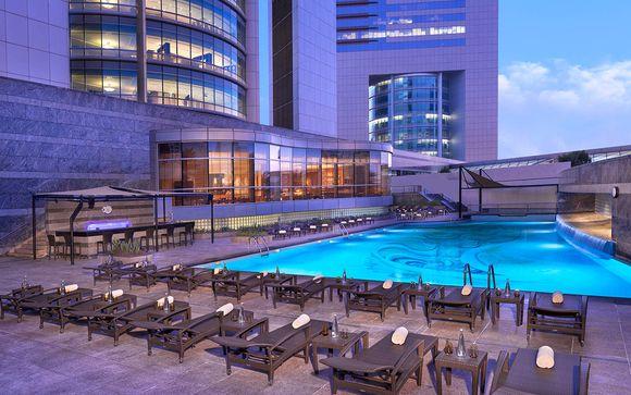 Poussez les portes de l'hôtel Jumeirah Emirates Towers 5*