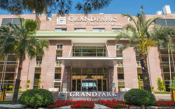 Poussez les portes de l'Hôtel Grand Park Kemer 5*