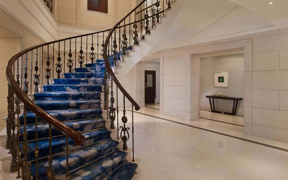 Poussez les portes de l'hôtel Ritz-Carlton 5*