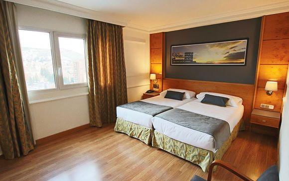 Granada - Hotel Ohtels San Anton 4 *
