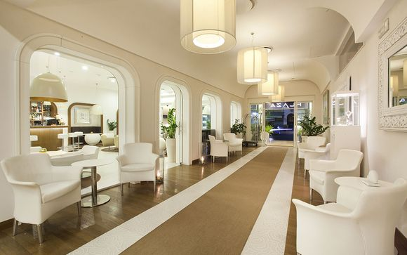 L'Hotel Plaza Sorrento 4*