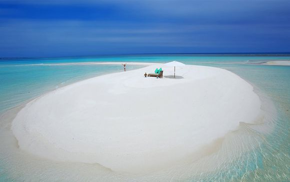 Cocoon Maldives Resort 5*