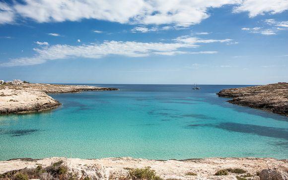 Lampedusa, 4* a due passi dalla spiaggia della Guitgia