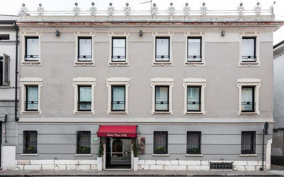 L'Hotel Casa Poli 4*