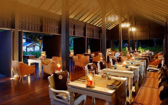 Phi Phi Island - Zeavola Resort 5*