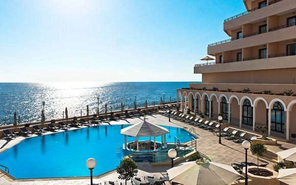 Elegante 5* con spa e vista sul Mar Mediterraneo
