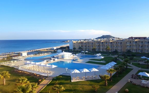 Club Essence Kelibia Beach Hotel & Spa 4*