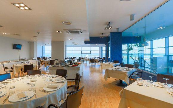 Sea Lion Hotel 4*