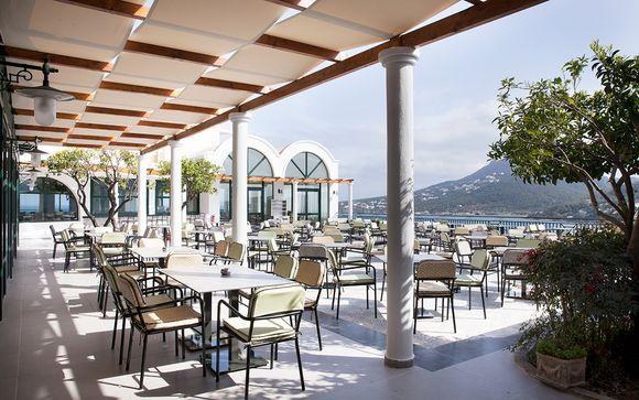 Dolce Athens Attica Riviera 4*