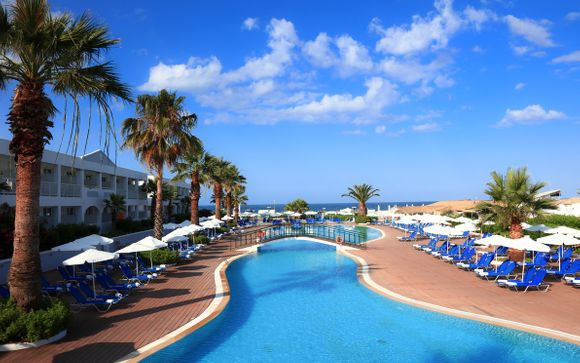 LABRANDA Sandy Beach Resort 5*