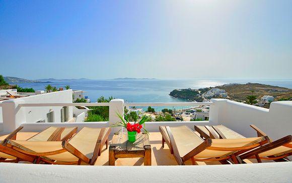 Il fascino delle Cicladi in hotel sulla spiaggia di Agios Stefanos