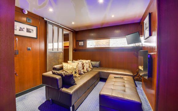 Il VIP Paris Yacht Hotel 4*