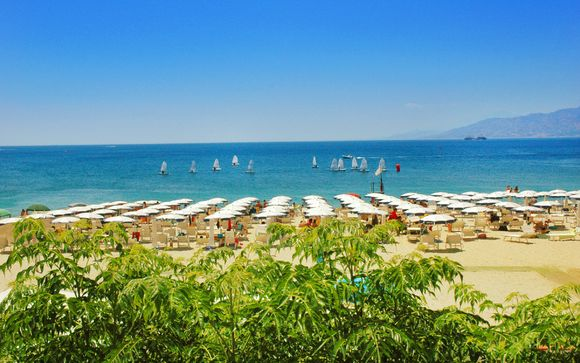 Regent Beach Hotel & Apartments 4*