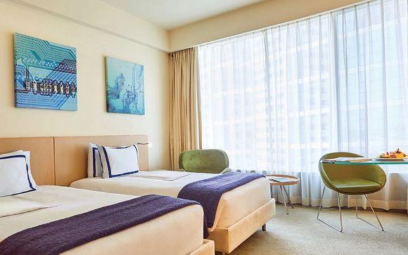 Media One Hotel 4*