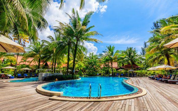 Khao Lak Bhandari Resort & Spa 4* + The Small Hotel Krabi 4*