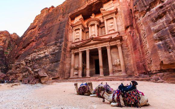 Alla scoperta delle Piramidi e di Petra