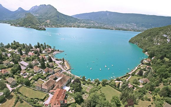 Destination...Banks of Lake Annecy